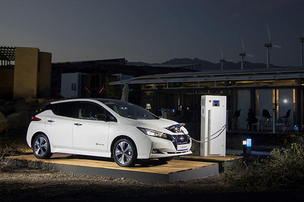 Nissan Leaf Elektro Aufladung