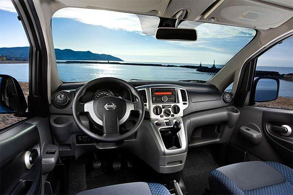 Nissan Evalia Innen