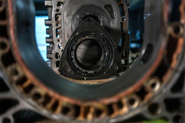 Mazda Kreiskolbenmotor