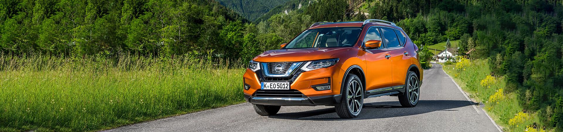 Nissan X-Trail Berg+Wald