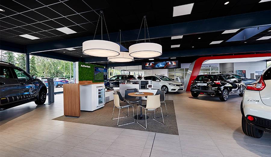 Nissan Auto Mattern Innen
