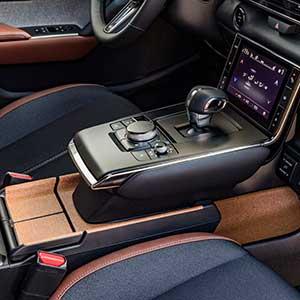 03-Interior---Mazda-MX-30,-Ceramic-White,-Industrial-Vintage